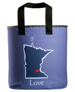 Minnesota love grocery bag wiht 27 inch handles.
